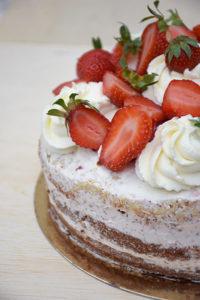 Nude cake aux fraises